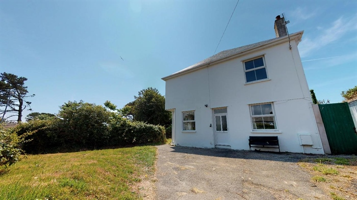 Detached House, 3 bedroom Property for sale in Crowlas, Cornwall for £375,000, view photo 23.