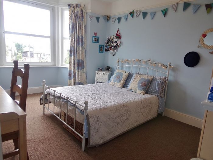 House, 4 bedroom Property for sale in Penzance, Cornwall for £320,000, view photo 11.