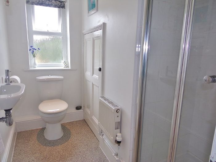 House, 4 bedroom Property for sale in Penzance, Cornwall for £320,000, view photo 12.