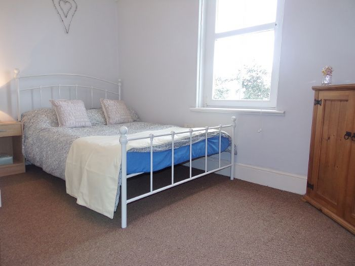 House, 4 bedroom Property for sale in Penzance, Cornwall for £320,000, view photo 13.