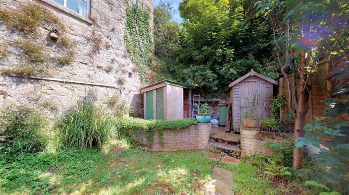 End of Terrace, 2 bedroom Property for sale in Nancledra, Cornwall for £200,000, view photo 4.
