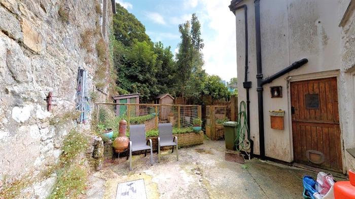 End of Terrace, 2 bedroom Property for sale in Nancledra, Cornwall for £200,000, view photo 16.