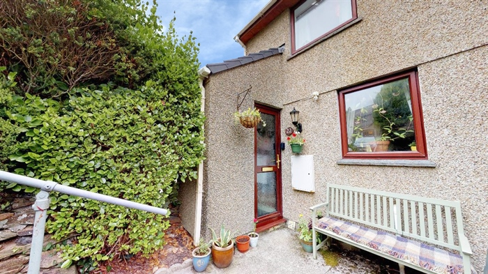 Terraced, 2 bedroom Property for sale in St Erth, Cornwall for £165,000, view photo 4.