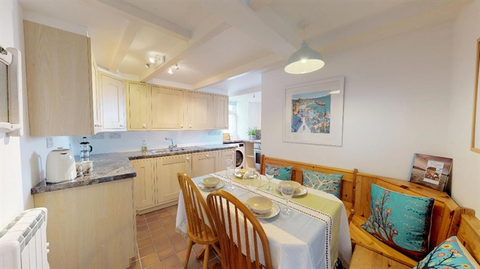Semi Detached Bungalow, 2 bedroom Property for sale in Mousehole, Cornwall for £425,000, view photo 13.