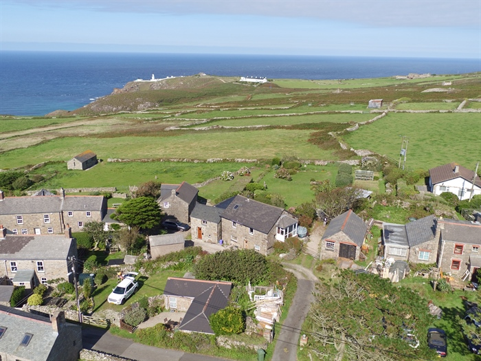 Detached House, 2 bedroom Property for sale in Pendeen, Cornwall for £350,000, view photo 2.