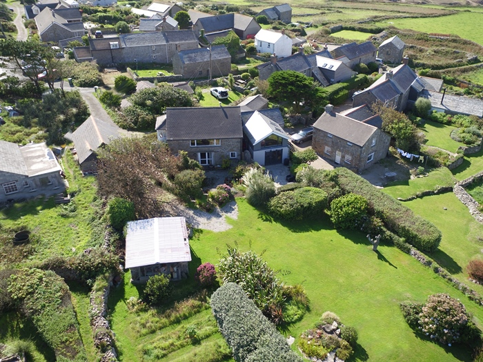 Detached House, 2 bedroom Property for sale in Pendeen, Cornwall for £350,000, view photo 3.