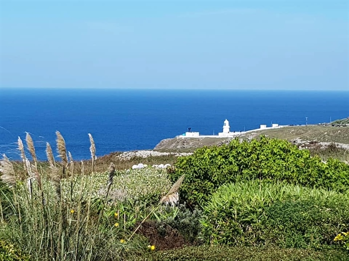 Detached House, 2 bedroom Property for sale in Pendeen, Cornwall for £350,000, view photo 7.