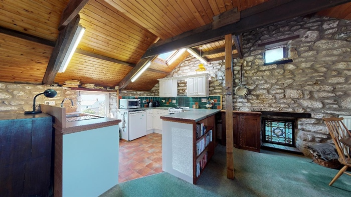 Detached House, 2 bedroom Property for sale in Pendeen, Cornwall for £350,000, view photo 10.