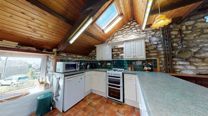 Detached House, 2 bedroom Property for sale in Pendeen, Cornwall for £350,000, view photo 11.