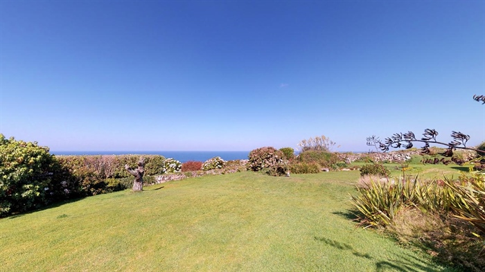 Detached House, 2 bedroom Property for sale in Pendeen, Cornwall for £350,000, view photo 22.