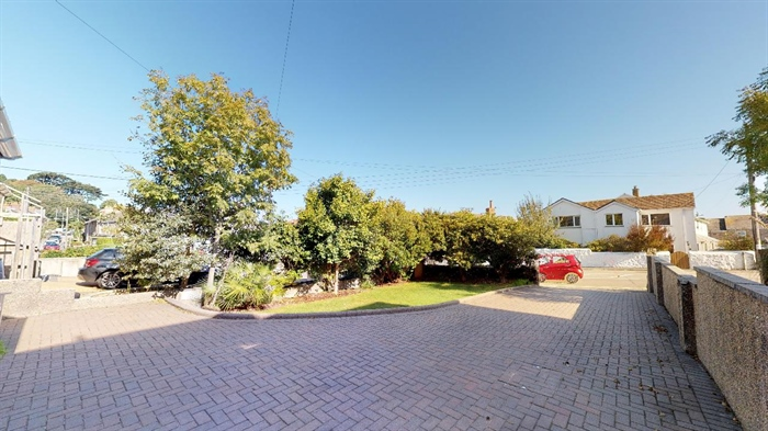 Semi Detached House, 4 bedroom Property for sale in Heamoor, Cornwall for £350,000, view photo 5.
