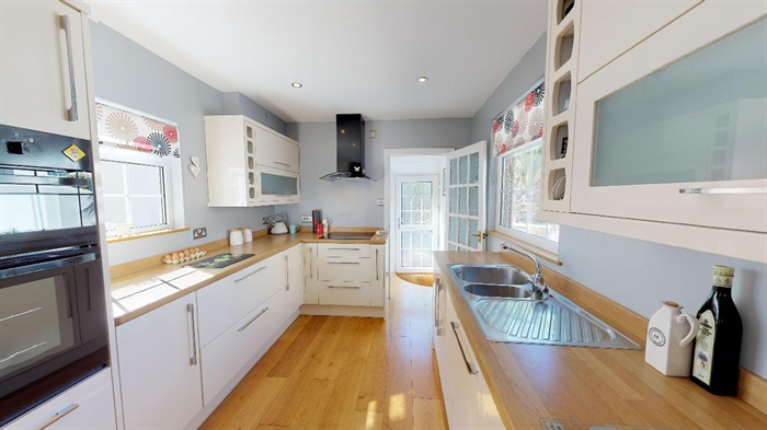 Semi Detached House, 4 bedroom Property for sale in Heamoor, Cornwall for £350,000, view photo 11.