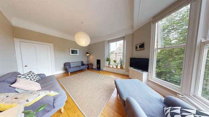 Apartment, 3 bedroom Property for sale in Penzance, Cornwall for £285,000, view photo 5.