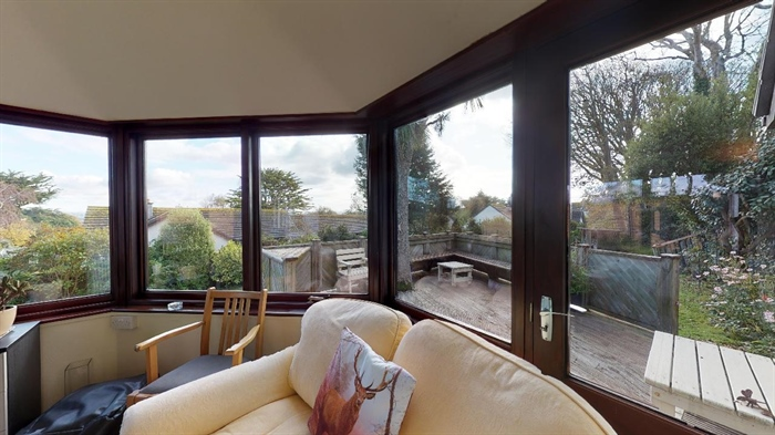 Detached Bungalow, 3 bedroom Property for sale in Lelant, Cornwall for £400,000, view photo 9.