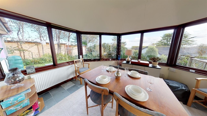 Detached Bungalow, 3 bedroom Property for sale in Lelant, Cornwall for £400,000, view photo 11.