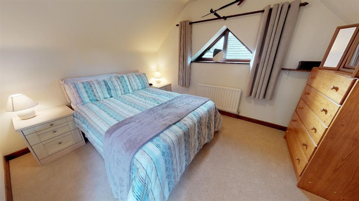 Detached Bungalow, 3 bedroom Property for sale in Lelant, Cornwall for £400,000, view photo 20.