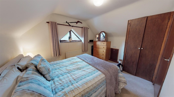 Detached Bungalow, 3 bedroom Property for sale in Lelant, Cornwall for £400,000, view photo 21.