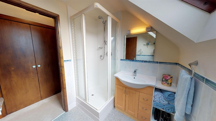 Detached Bungalow, 3 bedroom Property for sale in Lelant, Cornwall for £400,000, view photo 22.