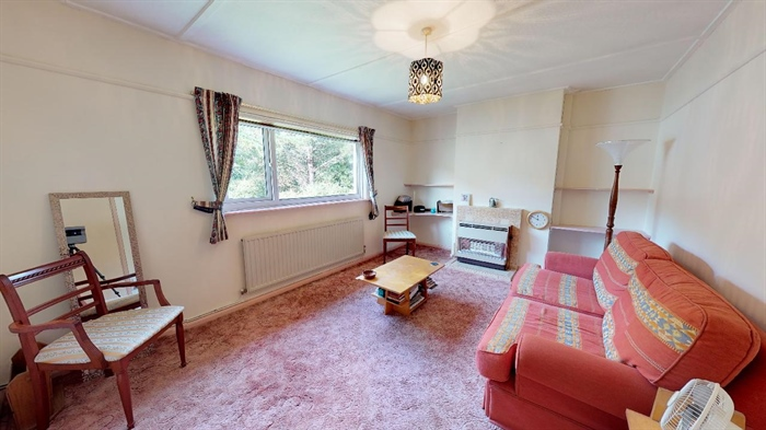 Flat, 2 bedroom Property for sale in Penzance, Cornwall for £140,000, view photo 3.