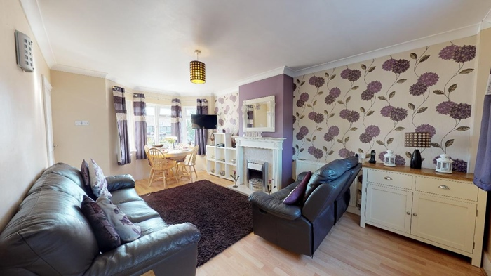 End of Terrace, 3 bedroom Property for sale in Penzance, Cornwall for £170,000, view photo 2.
