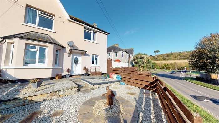 End of Terrace, 3 bedroom Property for sale in Penzance, Cornwall for £170,000, view photo 16.
