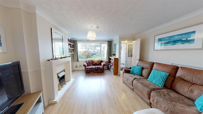 Semi Detached House, End of Terrace, 4 bedroom Property for sale in Crowlas, Cornwall for £240,000, view photo 8.