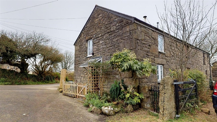 End of Terrace, 1 bedroom Property for sale in Penzance, Cornwall for £150,000, view photo 1.