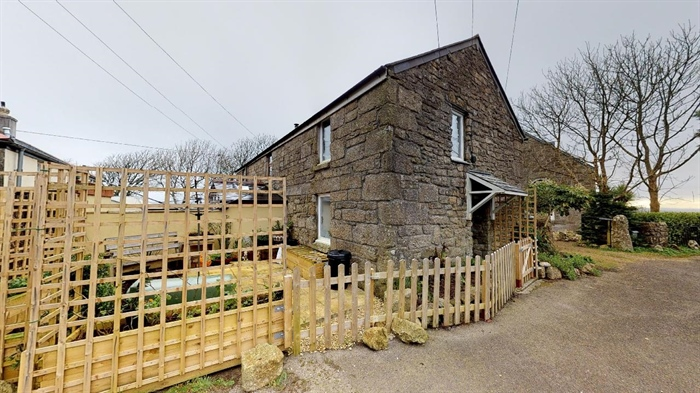 End of Terrace, 1 bedroom Property for sale in Penzance, Cornwall for £150,000, view photo 4.