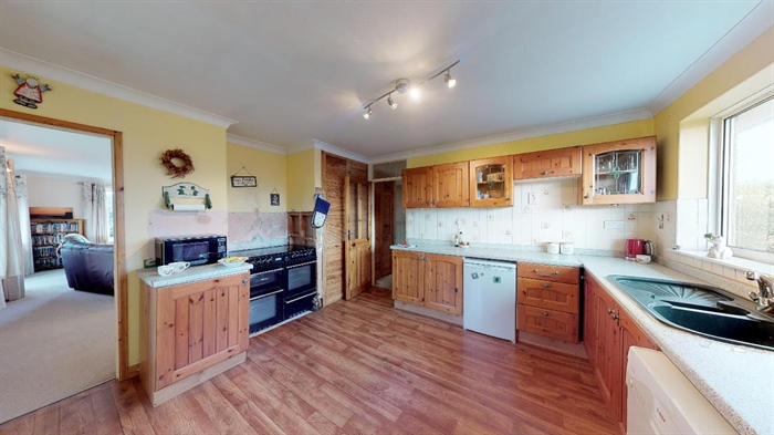 Semi Detached Bungalow, 3 bedroom Property for sale in Helston, Cornwall for £300,000, view photo 9.