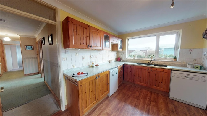 Semi Detached Bungalow, 3 bedroom Property for sale in Helston, Cornwall for £300,000, view photo 11.