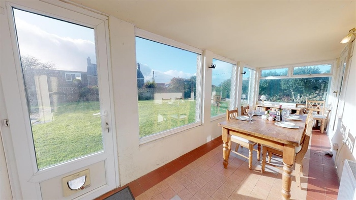 Semi Detached Bungalow, 3 bedroom Property for sale in Helston, Cornwall for £300,000, view photo 12.