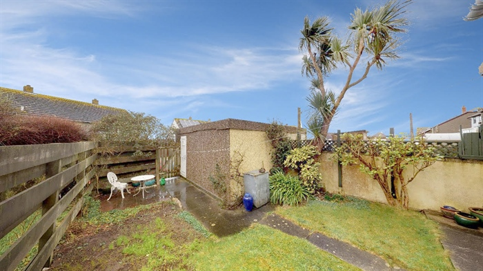 Terraced, 3 bedroom Property for sale in Pendeen, Cornwall for £190,000, view photo 4.