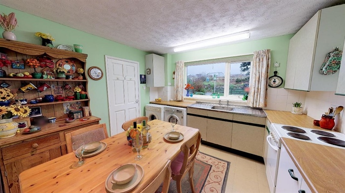 Terraced, 3 bedroom Property for sale in Pendeen, Cornwall for £190,000, view photo 9.