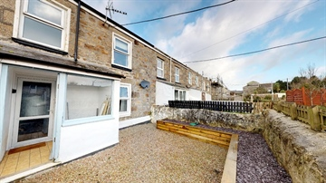 Terraced for sale in Camborne: Centenary Row Middle, Camborne, £160,000