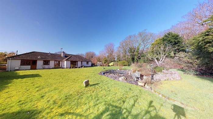Detached Bungalow, 3 bedroom Property for sale in St Erth, Cornwall for £395,000, view photo 22.