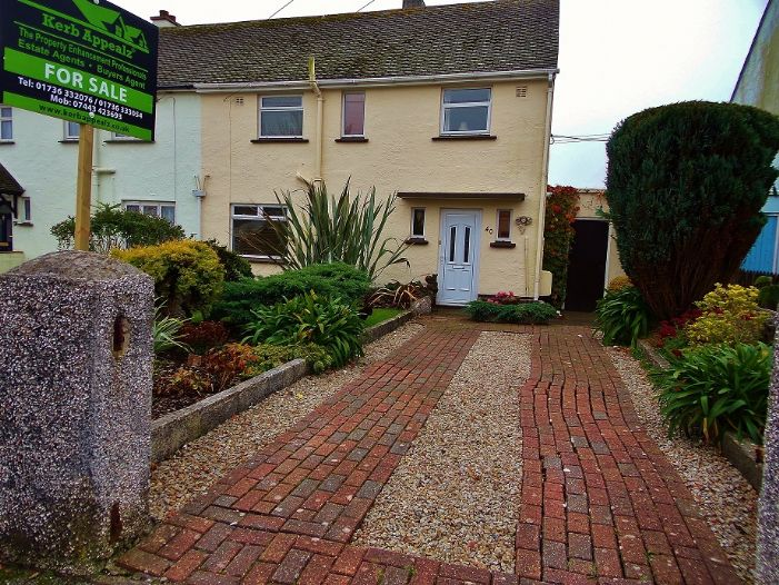 House, 3 bedroom Property for sale in Penzance, Cornwall for £190,000, view photo 1.