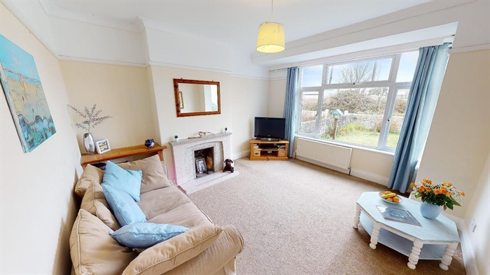 Semi Detached House, 3 bedroom Property for sale in Penzance, Cornwall for £290,000, view photo 3.