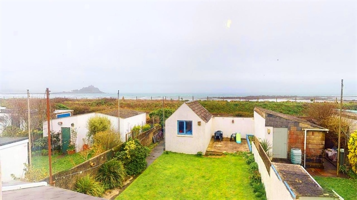 Semi Detached House, 3 bedroom Property for sale in Penzance, Cornwall for £290,000, view photo 17.
