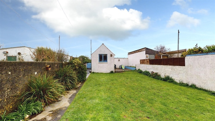 Semi Detached House, 3 bedroom Property for sale in Penzance, Cornwall for £290,000, view photo 22.