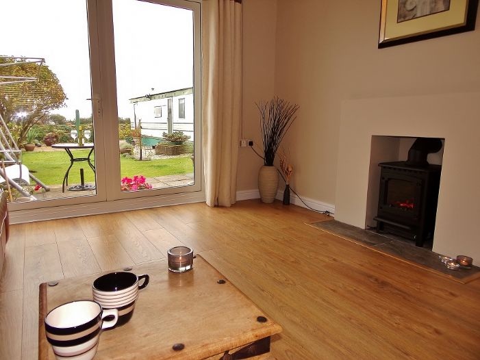 House, 3 bedroom Property for sale in Penzance, Cornwall for £190,000, view photo 5.
