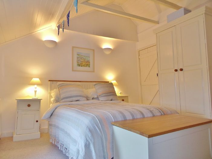 House, Holiday Home, 2 bedroom Property for sale in St Ives, Cornwall for £260,000, view photo 10.