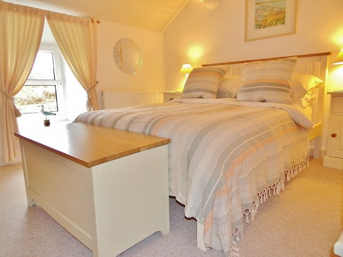 House, Holiday Home, 2 bedroom Property for sale in St Ives, Cornwall for £260,000, view photo 11.