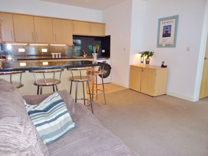 Flat, 1 bedroom Property for sale in Penzance, Cornwall for £110,000, view photo 3.
