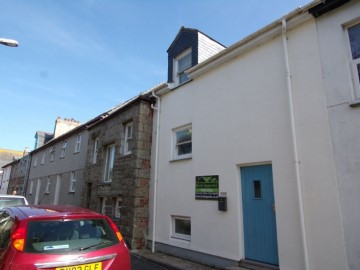 House sold in Penzance: 37e Rosevean Road, Penzance, Cornwall.  TR18 2DX, £179,500