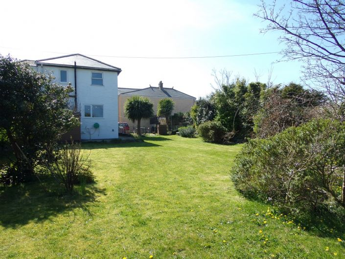Semi Detached House, House, 4 bedroom Property for sale in Hayle, Cornwall for £280,000, view photo 14.