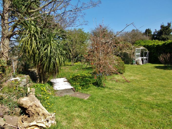 Semi Detached House, House, 4 bedroom Property for sale in Hayle, Cornwall for £280,000, view photo 16.