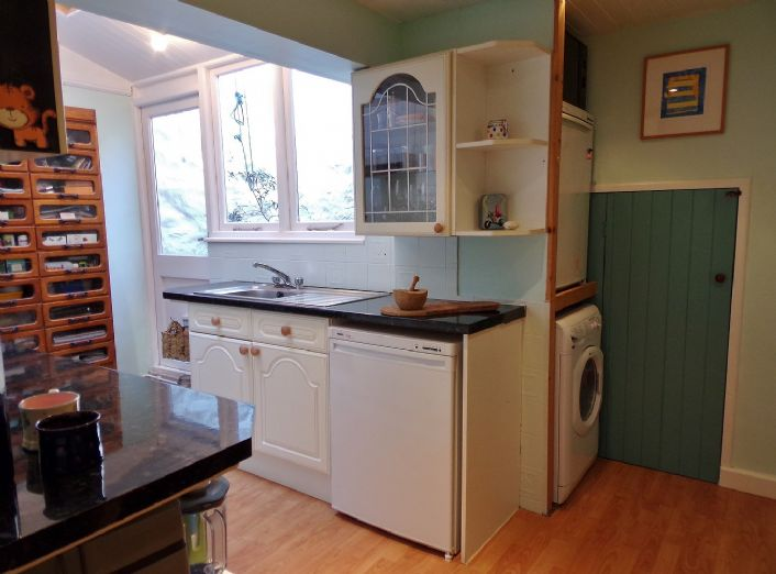 Terraced, House, 3 bedroom Property for sale in Penzance, Cornwall for £160,000, view photo 8.