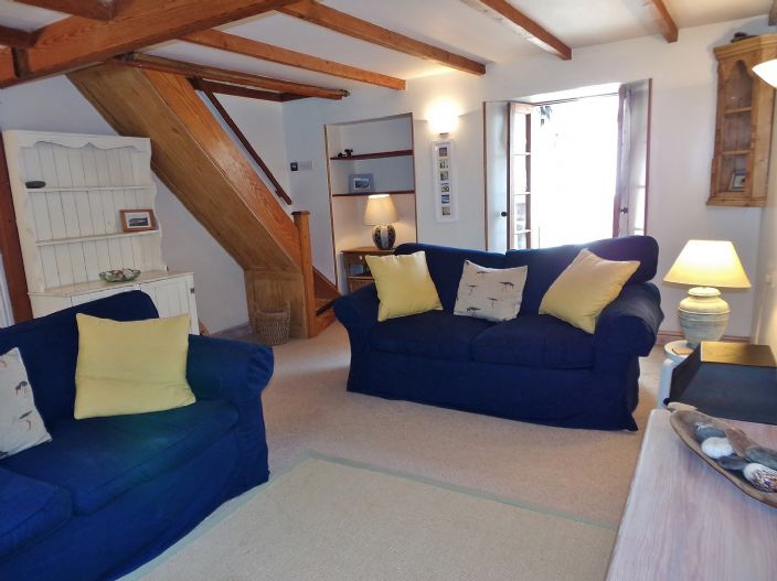 House, 1 bedroom Property for sale in Penzance, Cornwall for £140,000, view photo 3.