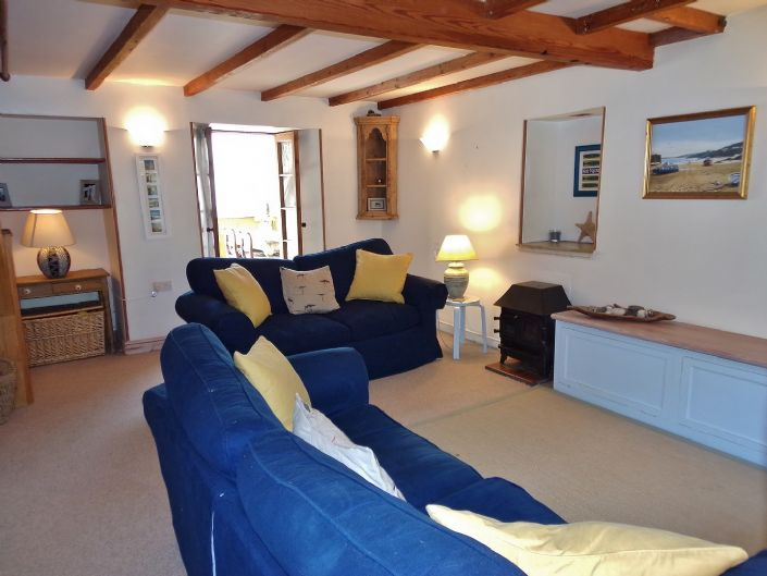 House, 1 bedroom Property for sale in Penzance, Cornwall for £140,000, view photo 5.