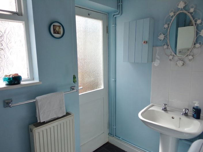 Terraced, House, 1 bedroom Property for sale in Penzance, Cornwall for £140,000, view photo 12.